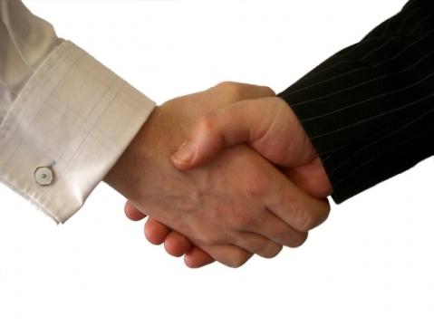 s_handshake3.jpg